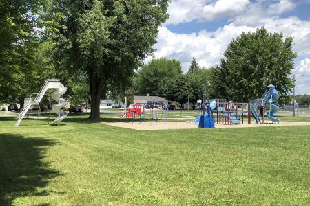 bourbon-community-park-06.jpg